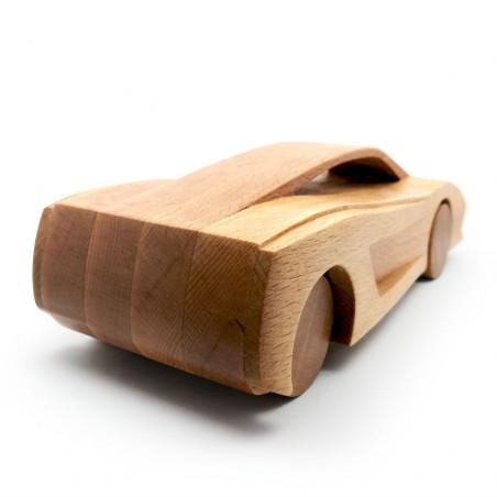 гоночная машина из дерева