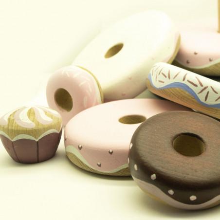 Деревянная кольцо пирамидка в виде сладостей