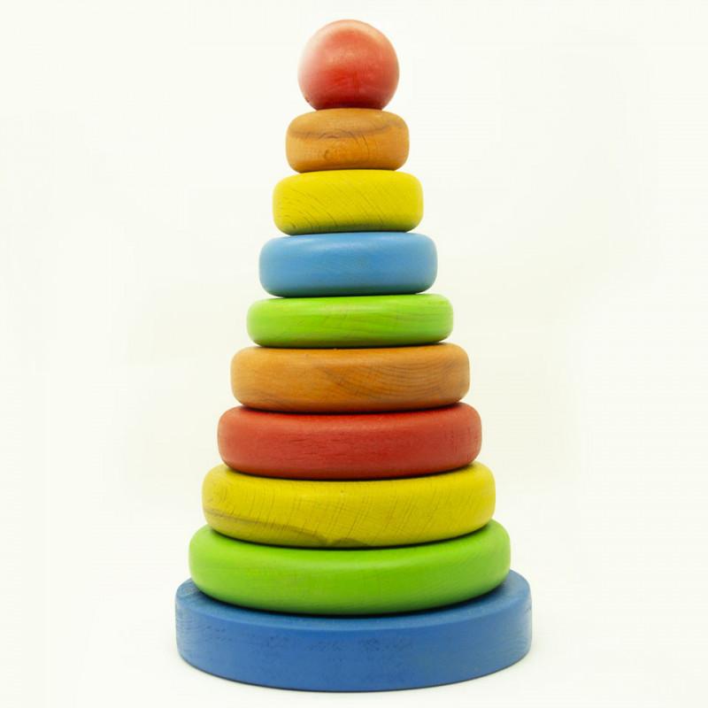 Классическая пирамидка кольца из дерева